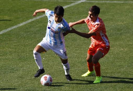 Magallanes rescató un trabajado empate con Cobreloa